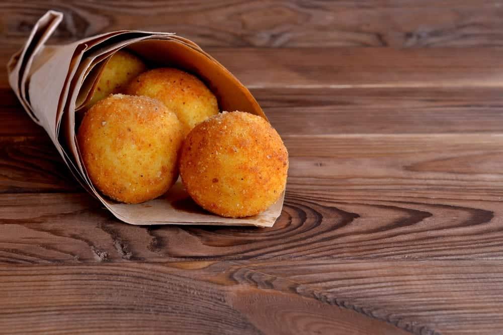 arancini streetfood aus sizilien miomente entdeckermagazin kochkuch rezepte miomente. Black Bedroom Furniture Sets. Home Design Ideas