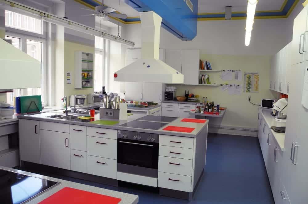 back und kochschule cooking time in karlsruhe miomente entdeckermagazin. Black Bedroom Furniture Sets. Home Design Ideas