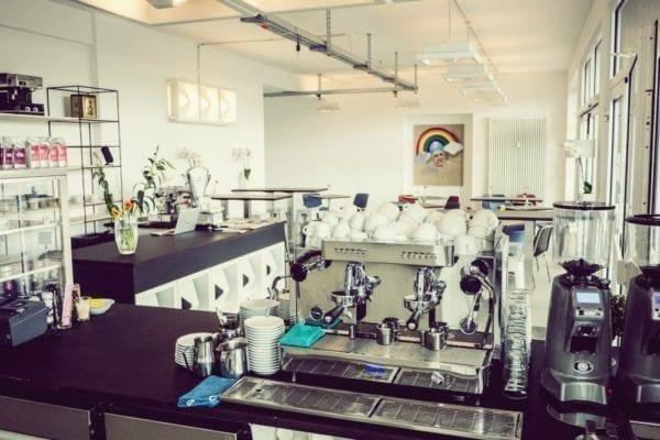 Eventlocation Faszination Espresso von Dimitrios Tsantidis in Düsseldorf –Buche cremige Barista-Kurse