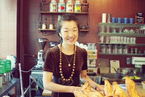 Köchin & Bäckerin Azko Iimori