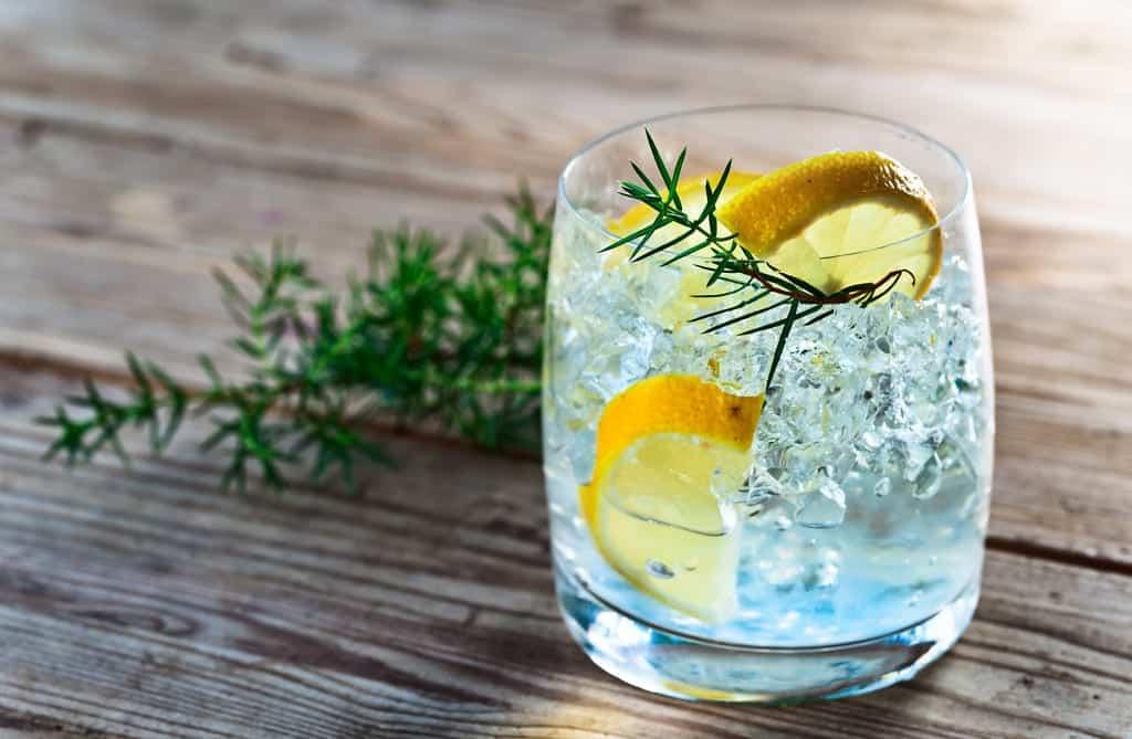 Gin Tonic richtig mixen
