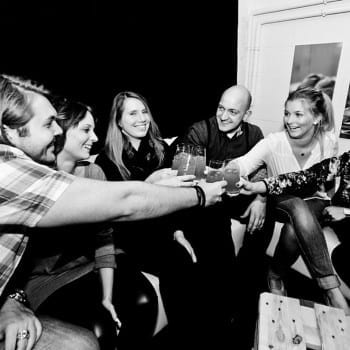 Kreative und spritzige Cocktailkurse in der Cocktailschule IN-LIVE von Markus Kern | Miomente Entdeckermagazin