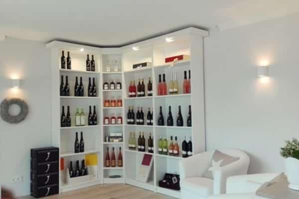 Hochwertige und sinnliche Weinseminare am Weingut Neuspergerhof bei Jochen Gradolph   Miomente Entdeckermagazin