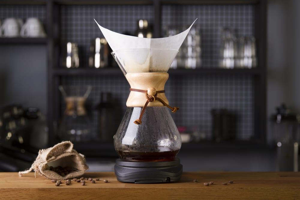 Kaffee perfekt brühen mit der Chemex Karaffe.