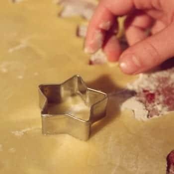 Miomente Weihnachtsrezept: Stern-Ausstechform für Plätzchen