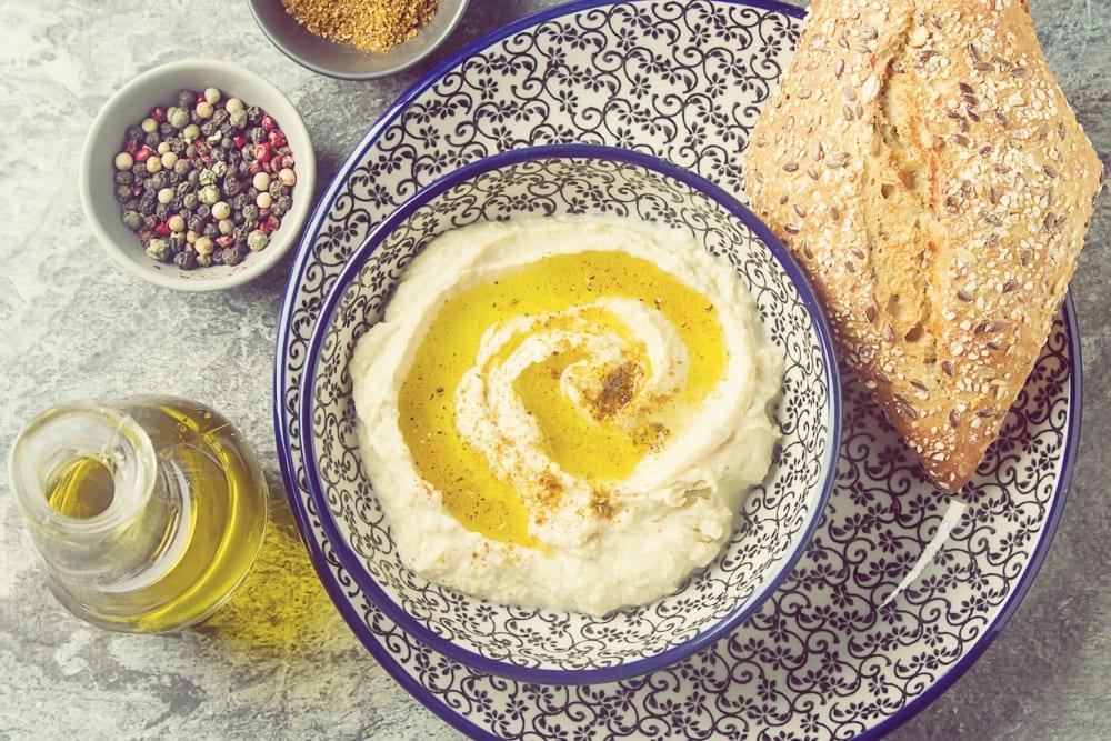 3 israelische Spezialitäten: Hummus aus Kichererbsen Entdeckermagazin-Miomente