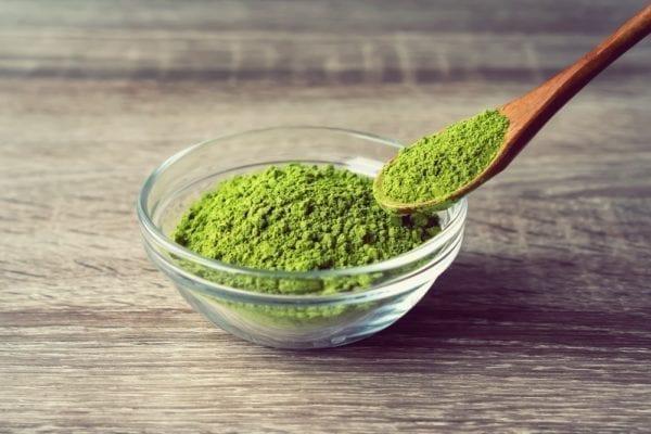 Vier Zutaten für den perfekten grünen Smoothie: Matchapulver