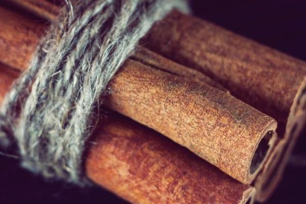 Vier Zutaten für den perfekten grünen Smoothie: Zimt