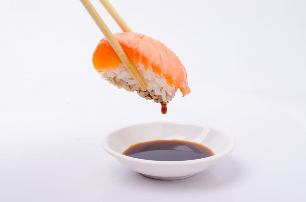 Sushi dippt man nie mit dem Reis in die Sojasauce