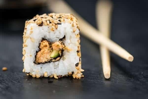 Uramaki oder Inside-Out-Rolls - Sushi-Sorten