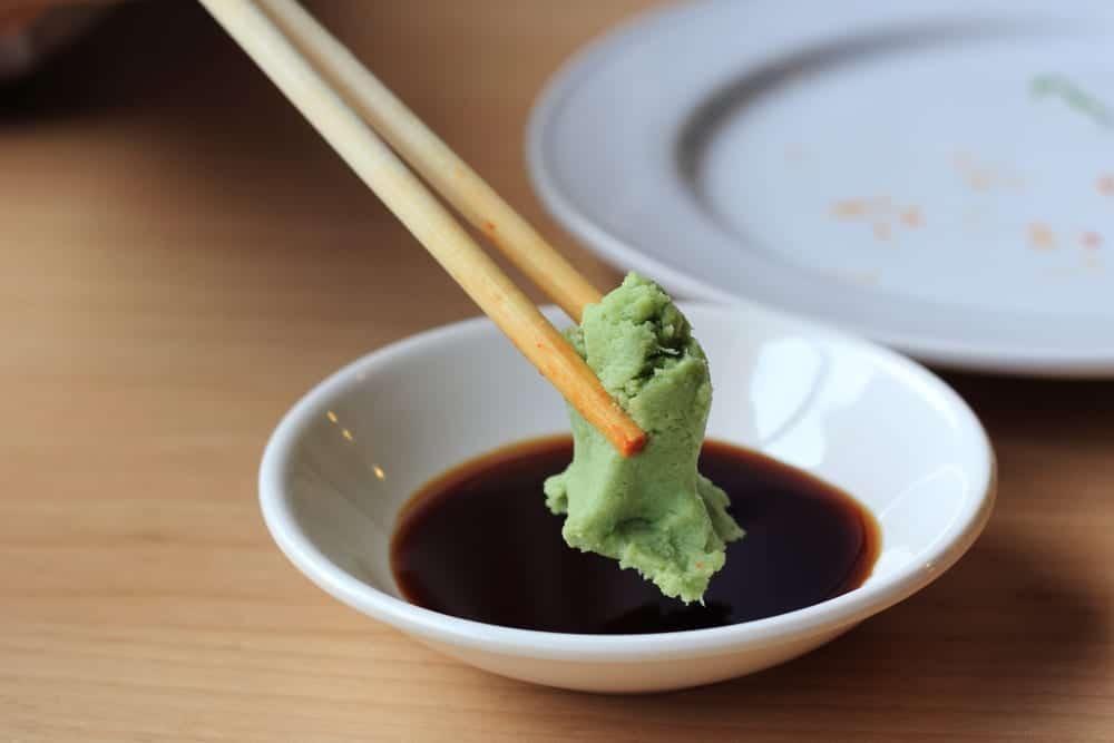 Wasabi und Sojasauce mischt man nicht