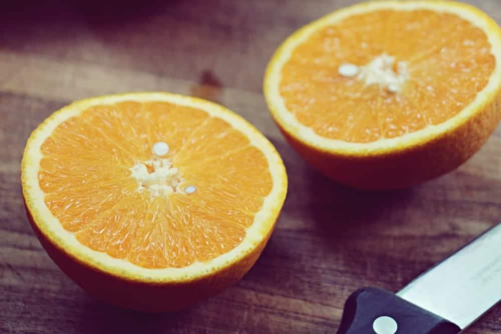 Rezept sizilianischer Orangenkuchen - Orangenhälften   Miomente Entdeckermagazin