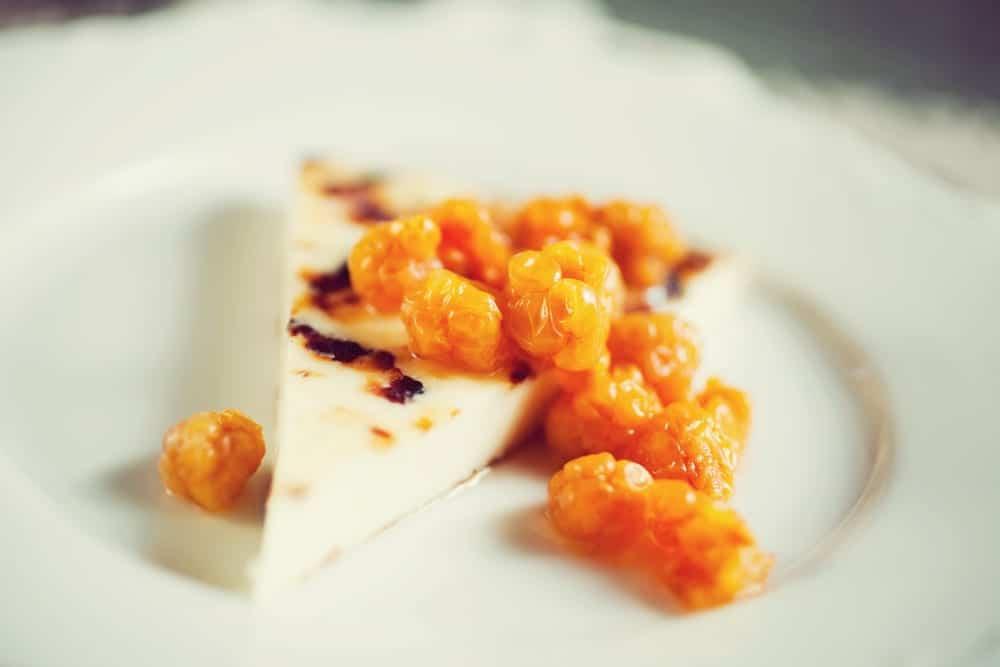 Geheimtipp Helsinki - Finnischer Käse mit Moltobeeren - Entdeckermagazin Miomente