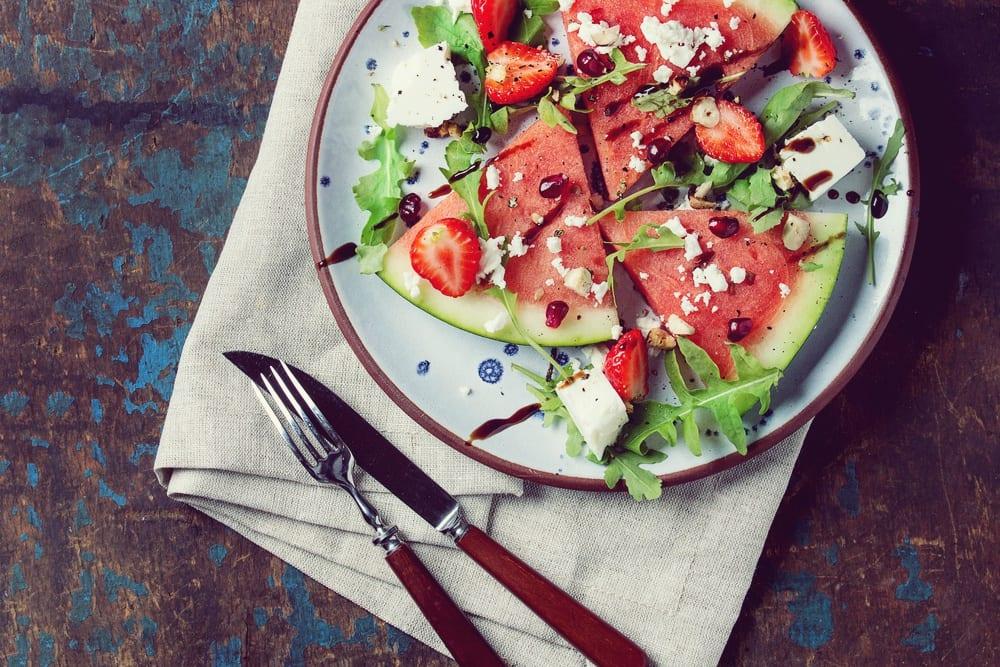 Sommerliebe Melone und Feta - Rezept Melone-Feta-Salat - Entdeckermagazin - Miomente