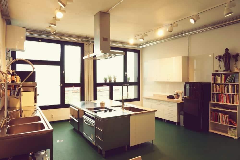 """Die Location """"Surdhams Kitchen"""" in München   Miomente Entdeckermagazin"""