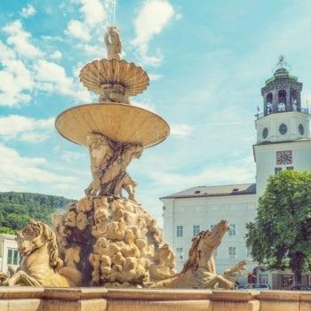 Residenzplatz mit Brunnen – Kulinarischer Reiseführer Salzburg | Miomente Entdeckermagazin