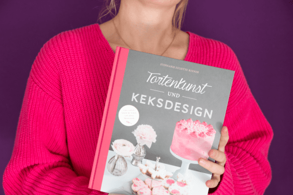 Backbuch Stephanie Rinner – Tortenkunst und Keksdesign - Entdeckermagazin Miomente