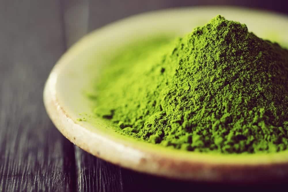 Rezept Avocado-Limetten-Cheesecake - Paleo - Clean-Eating- Matcha-Tee - Entdeckermagazin - Miomente