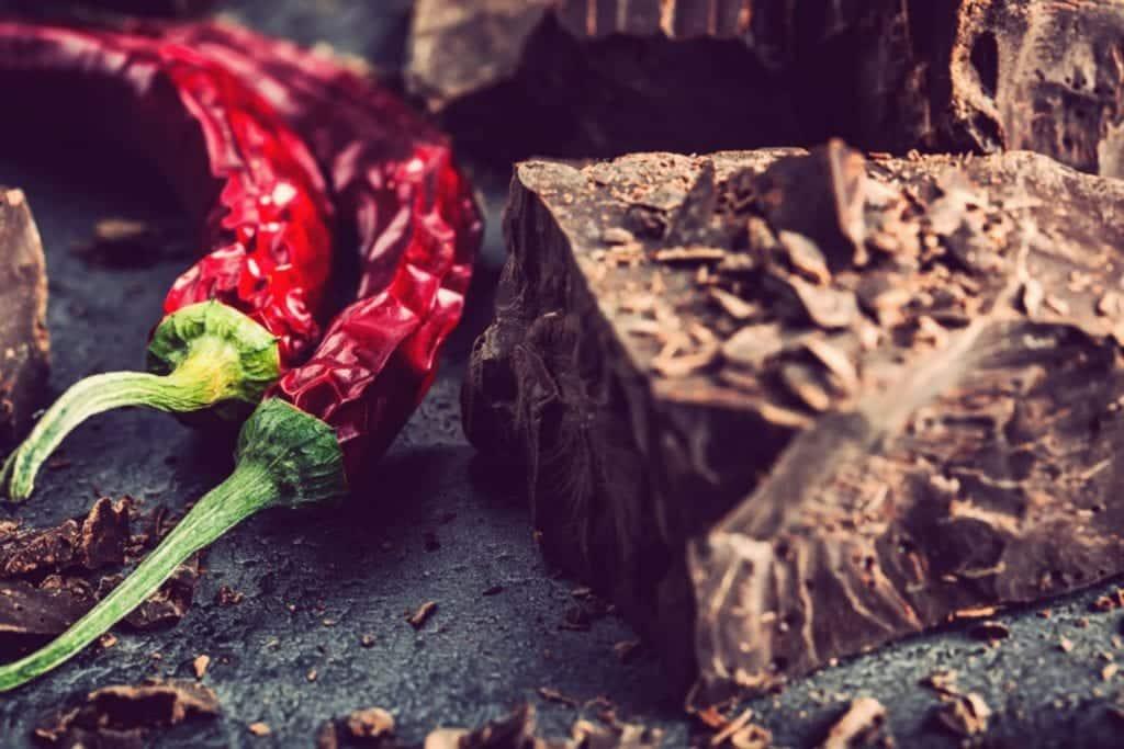 Hauptzutaten der Mole Poblano: Chili und Schokolade - Entdeckermagazin - Miomente