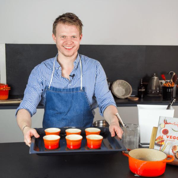 Rezept-Video: Crème brûlée selber machen – Julian Kutos Wien| Entdeckermagazin Miomente