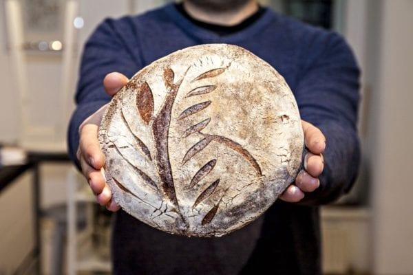 Julian Kutos und sein Brot | Entdeckermagazin Miomente
