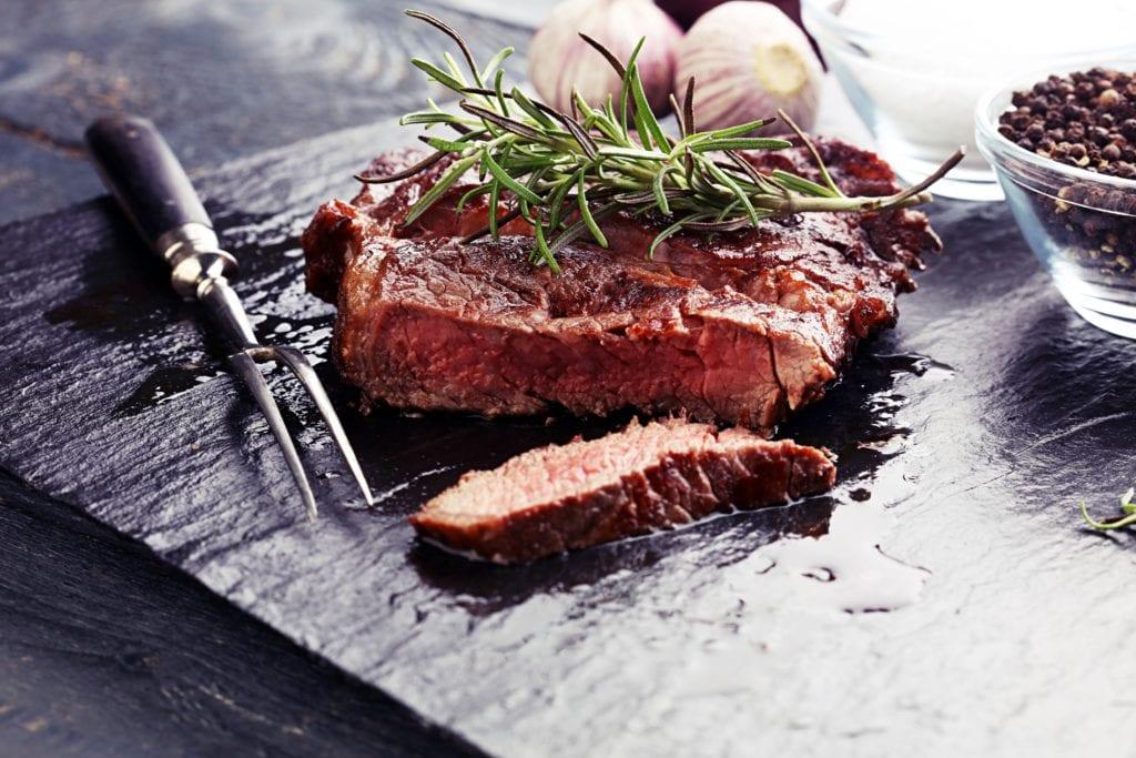 Kleine Fleischkunde | Kochkurse bei Alexander Gode | Entdeckermagazin Miomente