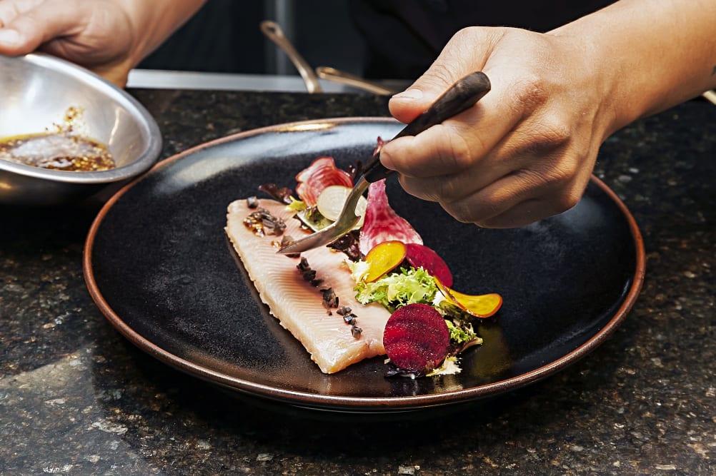 Die Top 5 der Promi-Kochbücher | Kochbuch-Hitliste | exklusive Küche | Entdeckermagazin Miomente