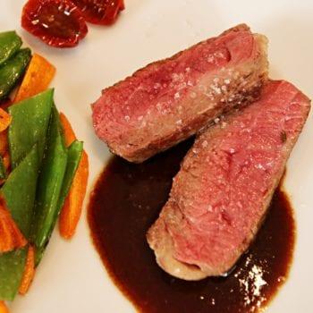 Rezept Rotwein-Sauce zu Fleisch mit karamellisierten Gemüse   Entdeckermagazin Miomente