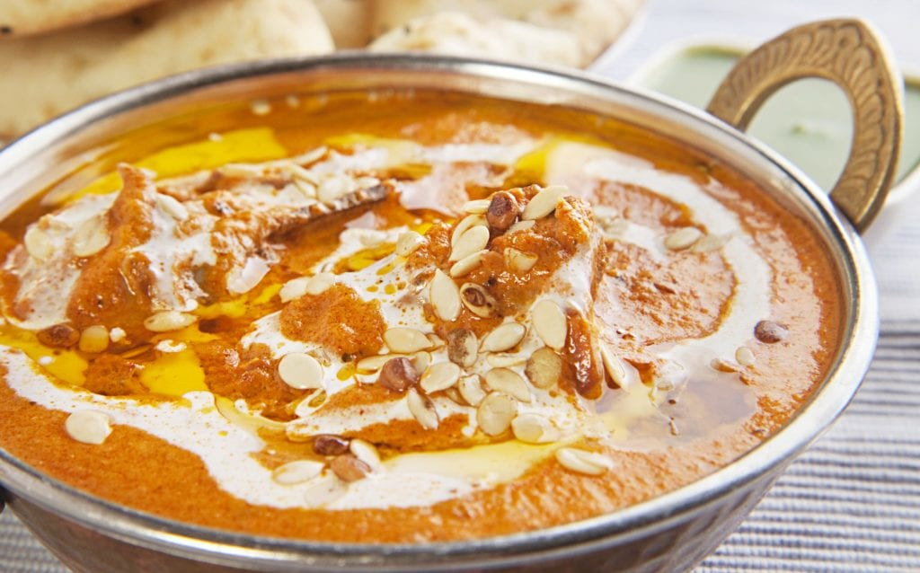 Rezept für indisches Butter-Chicken mit Naan | Entdeckermagazin Miomente