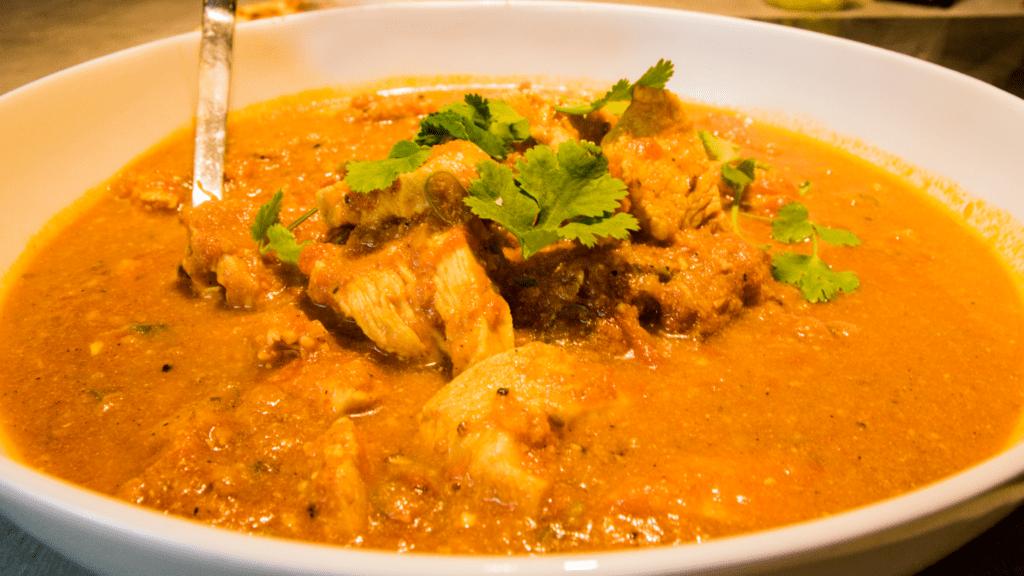 Indisches Hähnchen-Curry von Volker Dittmer | Entdeckermagazin | Miomente