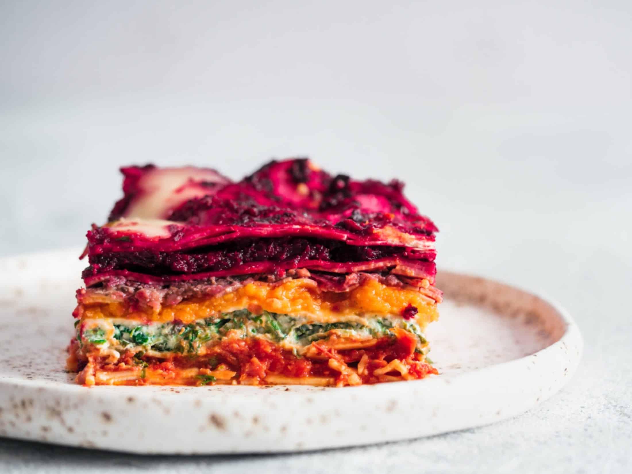 Rainbow Lasagne – mit viel Gemüse   Miomente Entdeckermagazin