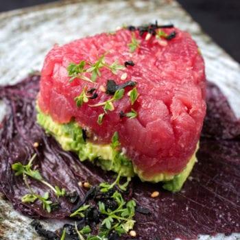 Tuna Tartar mit Avocado Asia-Style
