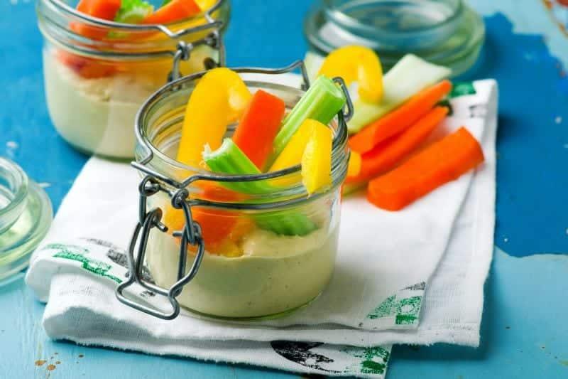 Gemüsesticks mit selbstgemachter Mayo