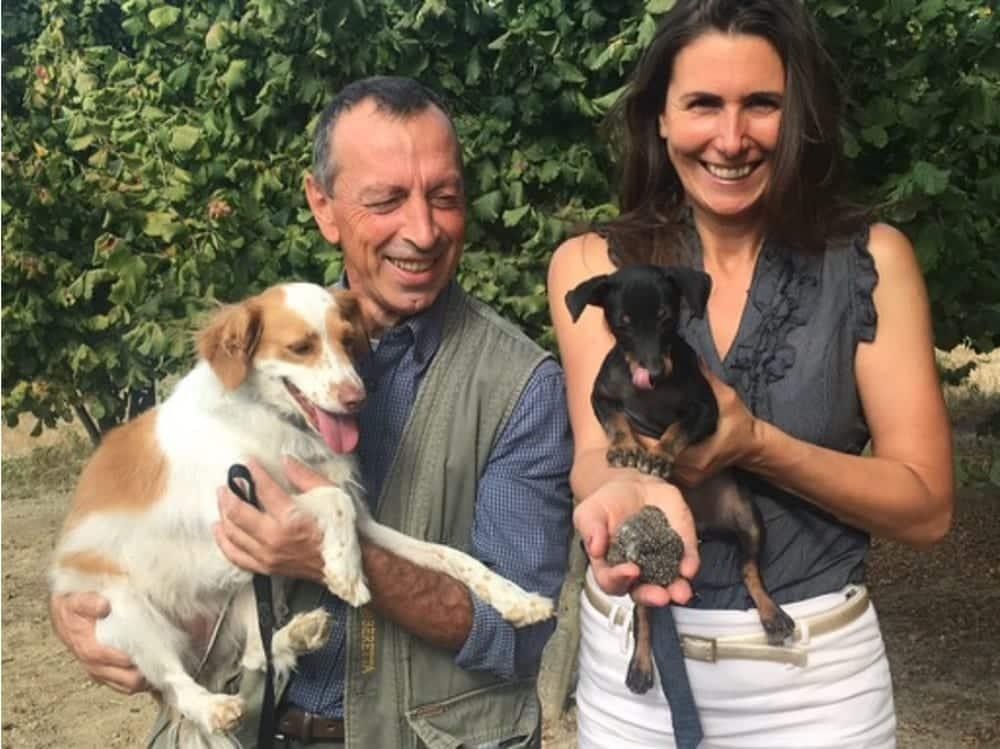 Beatrix Schell mit Trüffelhund