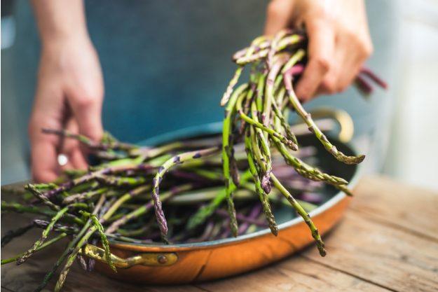 Saisonaler Kochkurs Köln – Spargel in der Pfanne