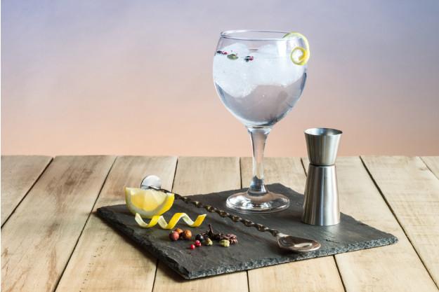 Gin selber machen Frankfurt – Gin aromatisieren