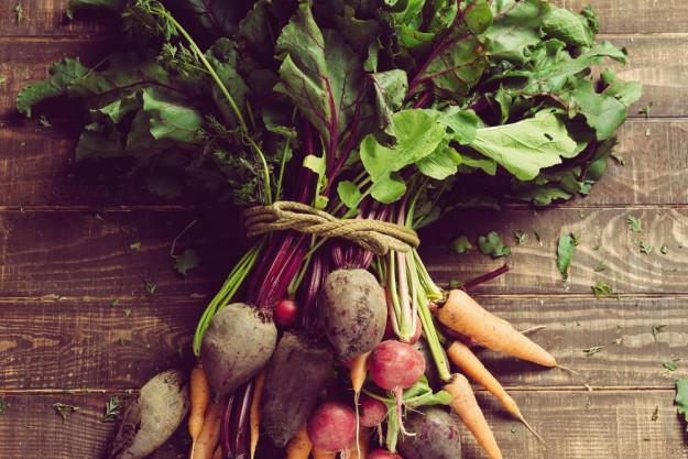 Vegetarischer Kochkurs Frankfurt – Bund mit frischem Gemüse
