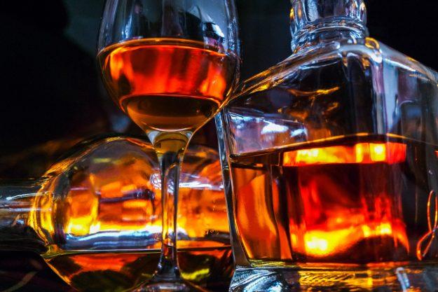 Geschenkgutschein Whisky-Tasting – goldener Whisky