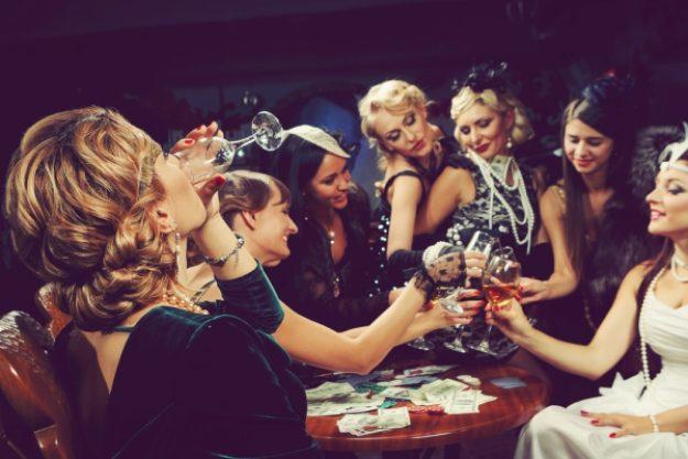 Krimidinner-Gutschein –Schauspielerinnen