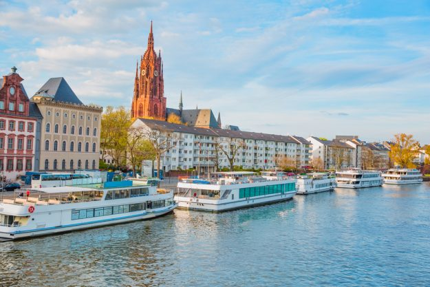 Kulinarische Stadtführung Frankfurt – Schiffe auf dem Main