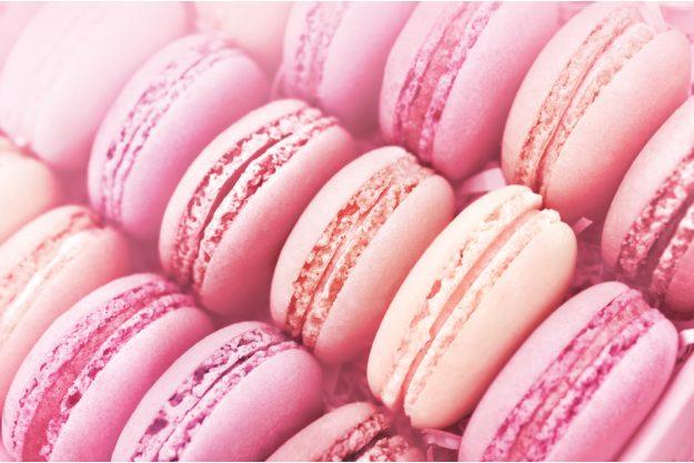 Macarons-Backkurs Frankfurt – rosa Macarons in Schachtel