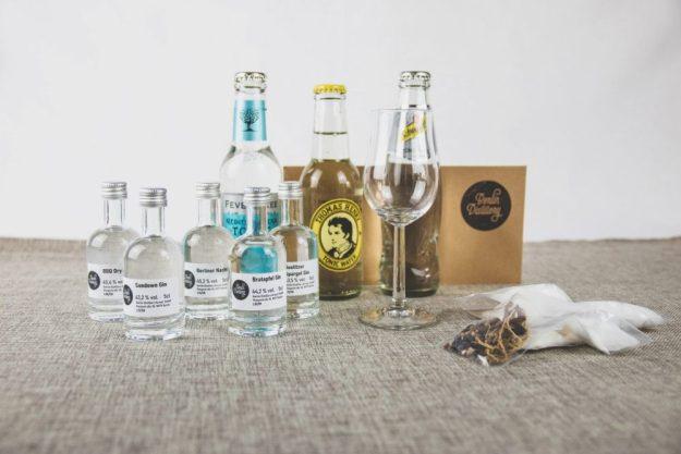 Virtuelle Brennereiführung mit Gin-Tasting zu Hause – Gin-Box