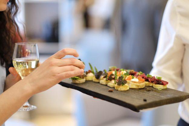 Teambuilding Augsburg – Wein und Fingerfood