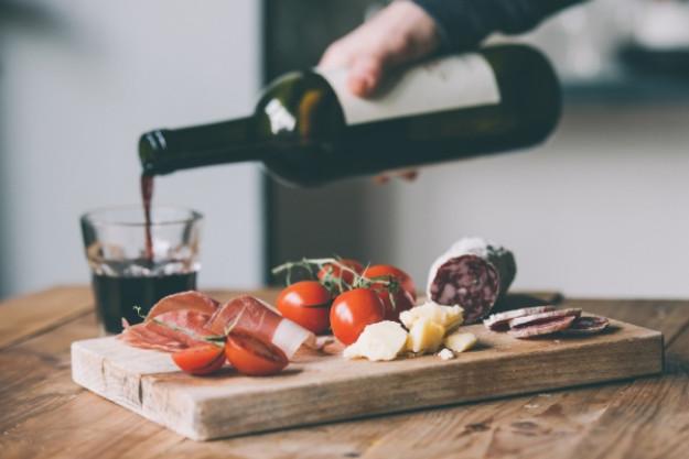 Weinprobe Münster – Rotwein und Tapasteller