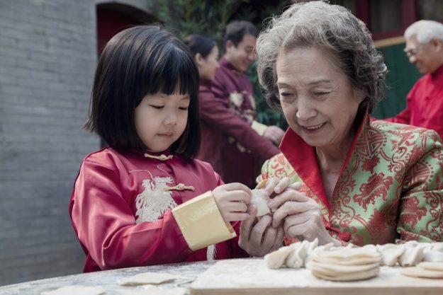 Thai-Kochkurs Senden - Großmutter und Enkelin