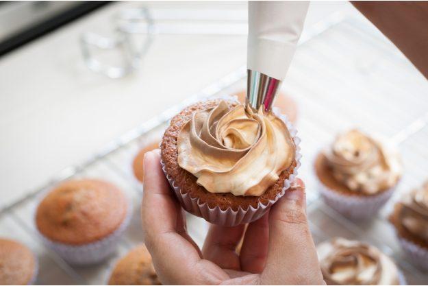Cupcake-Kurs Merzen – Creme auftragen