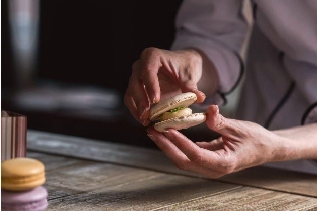 Backkurs at Home Macarons zusammensetzen