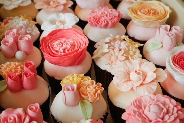 Geschenkgutschein Backkurs – Cupcake mit Fondant-Blüten