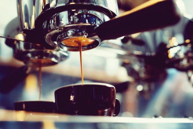 Barista-Kurs-Gutschein –Frischer cremiger Kaffee