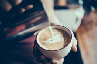 Online Barista-Kurs Barista-Latte-Art Kurs@Home mit Box